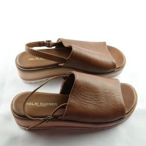 Kelsi Dagger Platform Sandals Sz 6